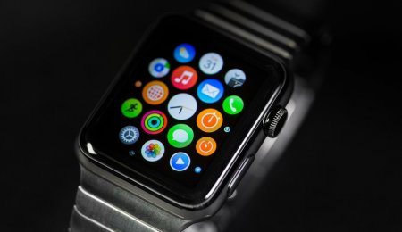 Какие apple watch лучше